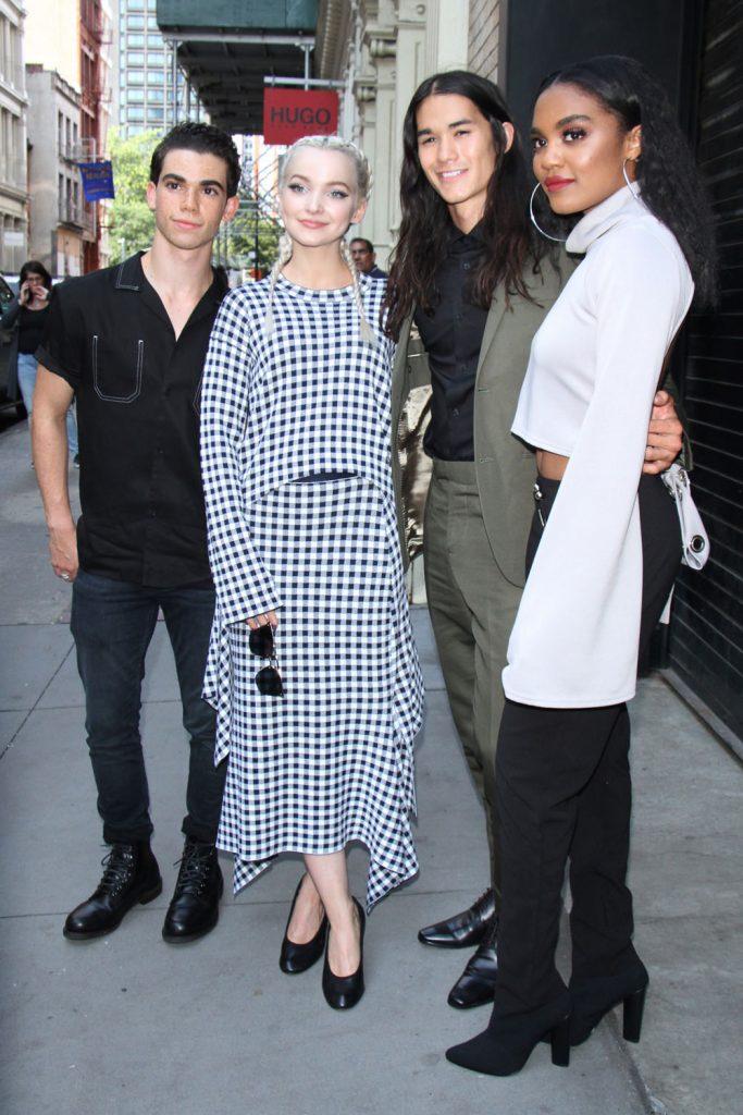 Cameron-Boyce-Dove-Cameron-Booboo-Stewart-China-Anne-McClain-Descendants-2-Movie-Premiere-Apple-Soho-Event-Tom-Lorenzo-Site-1